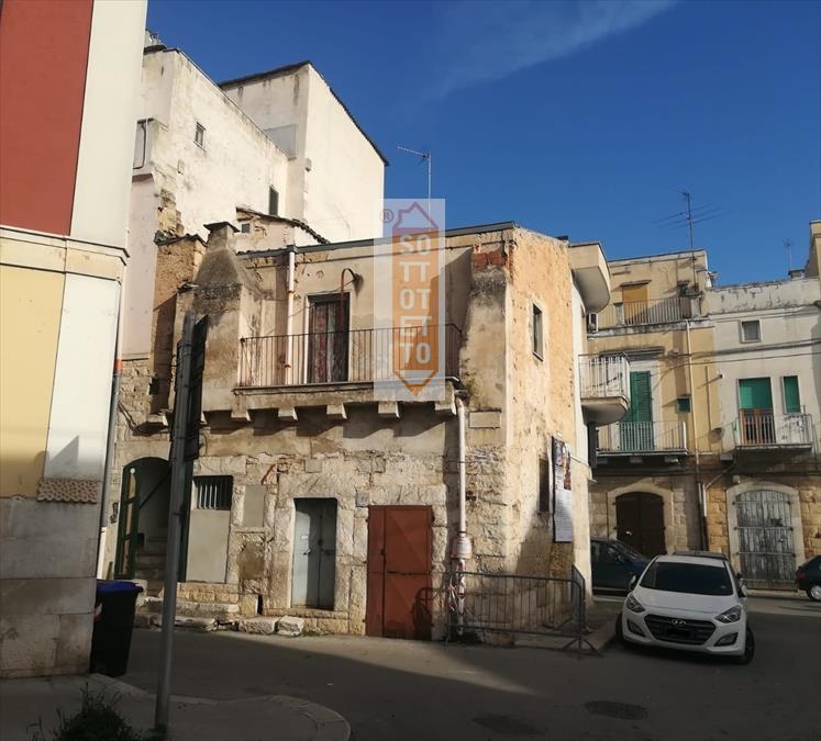Attico / Mansarda in vendita a Corato, 1 locali, prezzo € 30.000 | PortaleAgenzieImmobiliari.it