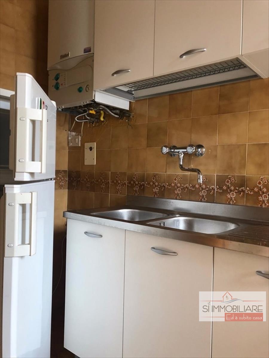 Appartamento in affitto a Montesilvano, 2 locali, prezzo € 400 | CambioCasa.it