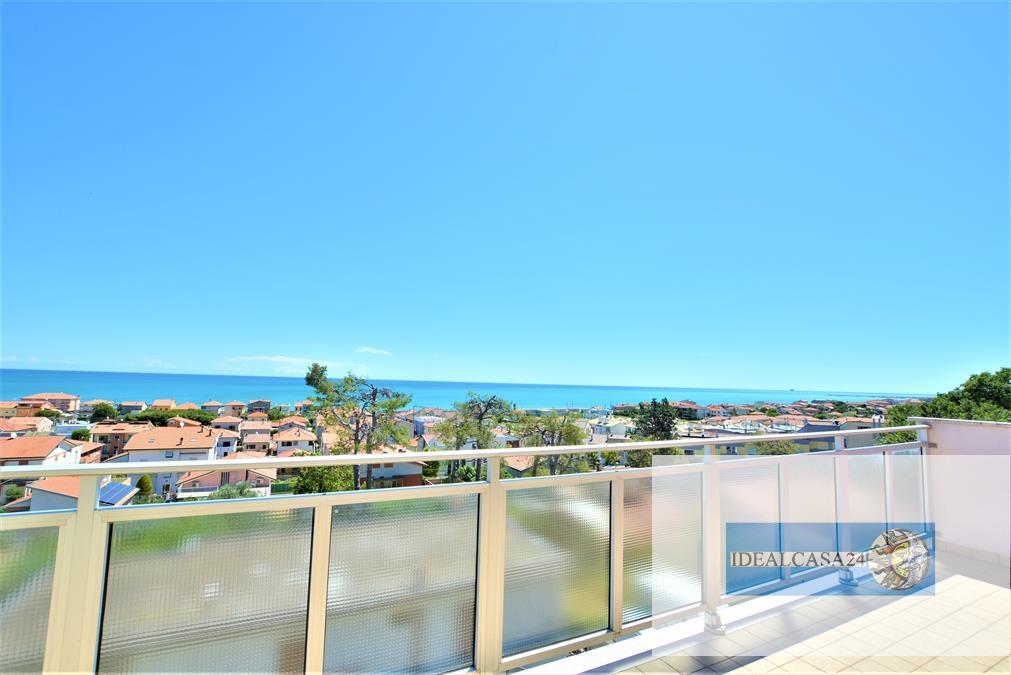 Appartamento in vendita a Civitanova Marche, 3 locali, prezzo € 170.000 | CambioCasa.it