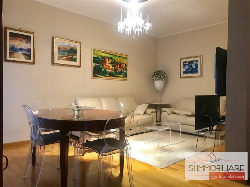affitto appartamento pescara   850 euro  4 locali  120 mq