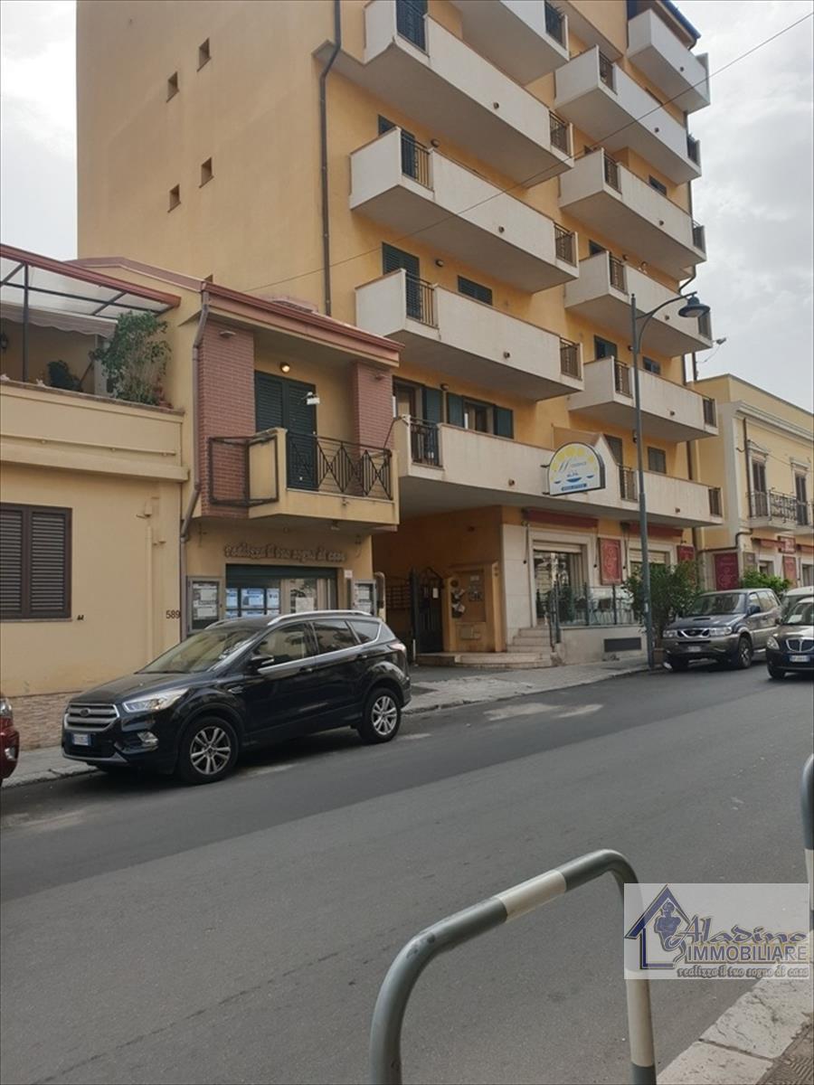Locale Commerciale Reggio di Calabria 18195