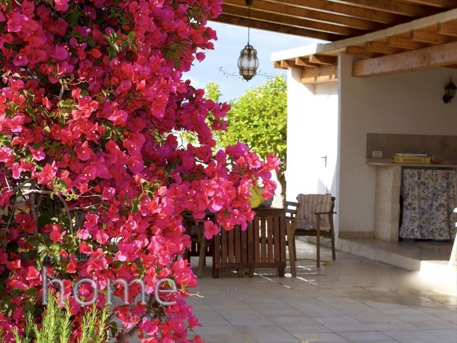 Villa in vendita a Pachino, 4 locali, prezzo € 200.000 | CambioCasa.it