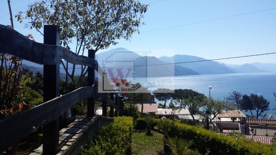 Villa in vendita a Ispani, 7 locali, prezzo € 260.000 | CambioCasa.it