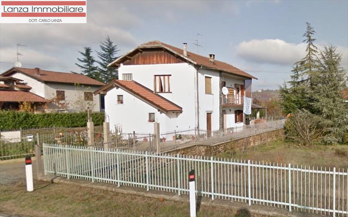 Soluzione Indipendente in vendita a Lerma, 10 locali, prezzo € 195.000 | CambioCasa.it