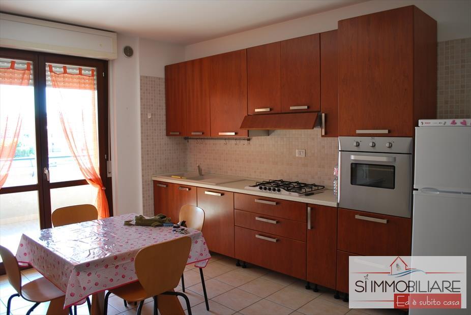 Appartamento in affitto a Montesilvano, 9999 locali, prezzo € 430 | CambioCasa.it