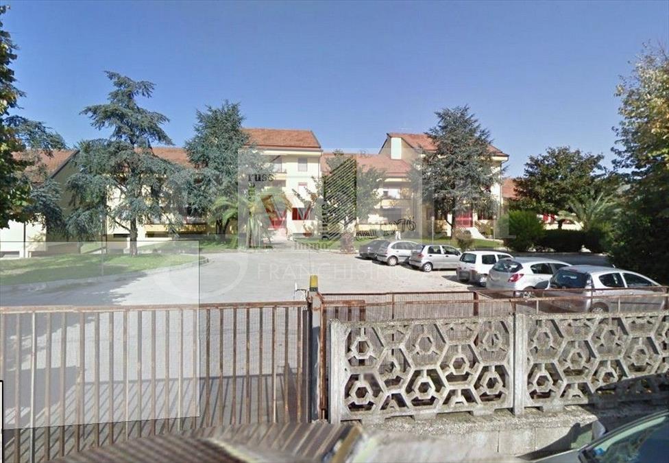 Appartamento in vendita a San Marco Evangelista, 8 locali, prezzo € 150.000 | CambioCasa.it
