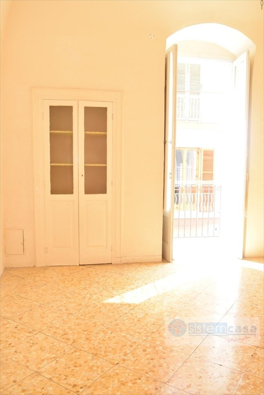 Appartamento in vendita a Corato, 2 locali, prezzo € 59.000 | CambioCasa.it