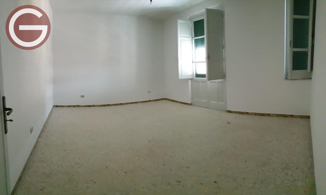 Appartamento Taurianova 682