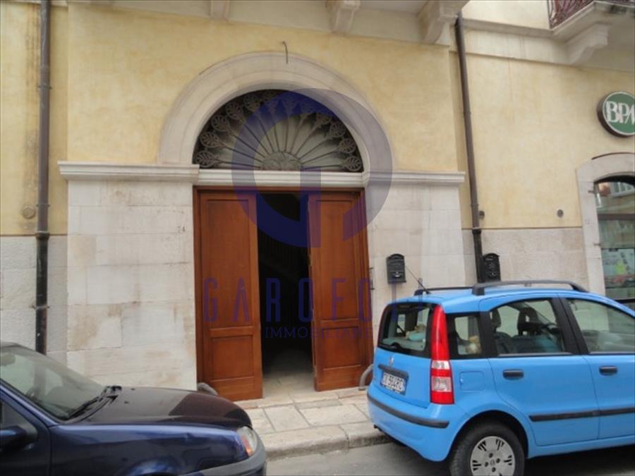 Appartamento in vendita via Petronelli Bisceglie