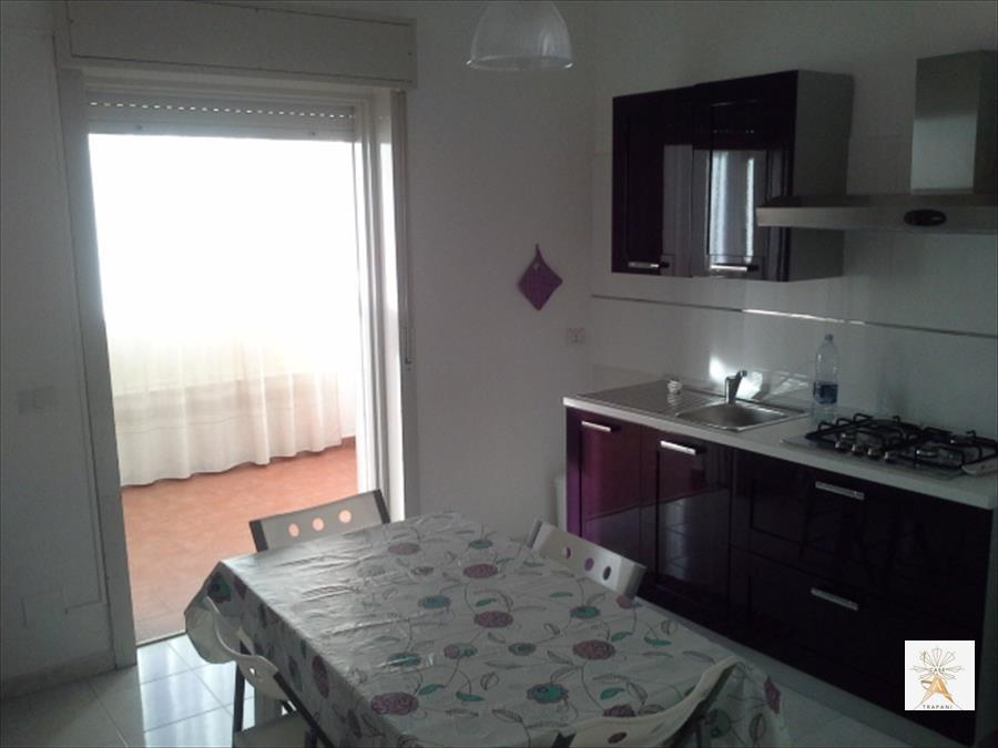 Appartamento in affitto a Trapani, 4 locali, prezzo € 500 | CambioCasa.it