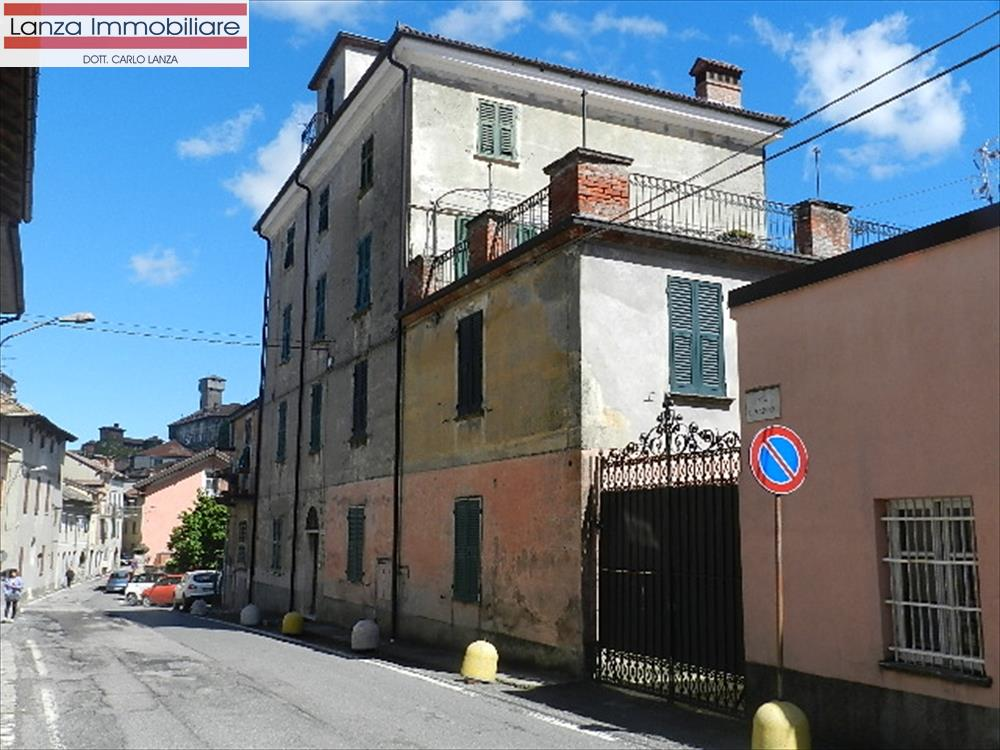 Appartamento in vendita a Tagliolo Monferrato, 10 locali, prezzo € 70.000 | CambioCasa.it