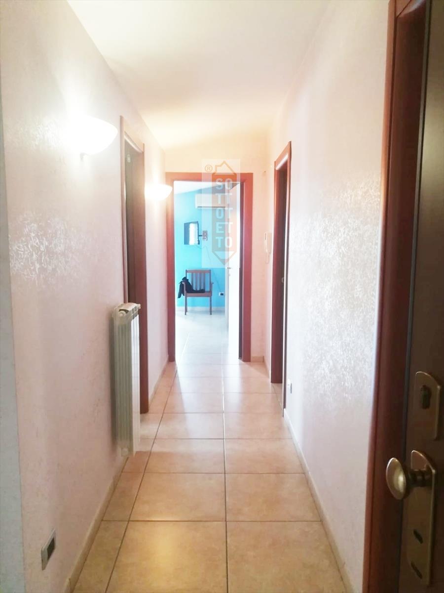 Attico / Mansarda in affitto a Corato, 3 locali, prezzo € 300 | CambioCasa.it