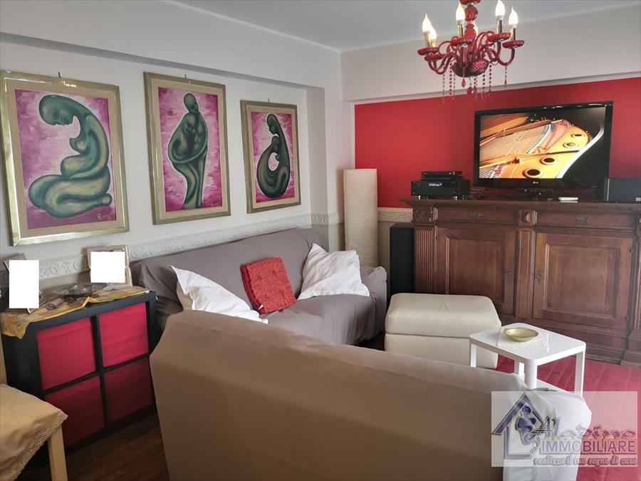 Appartamento in vendita a Reggio Calabria, 5 locali, prezzo € 138.000 | CambioCasa.it