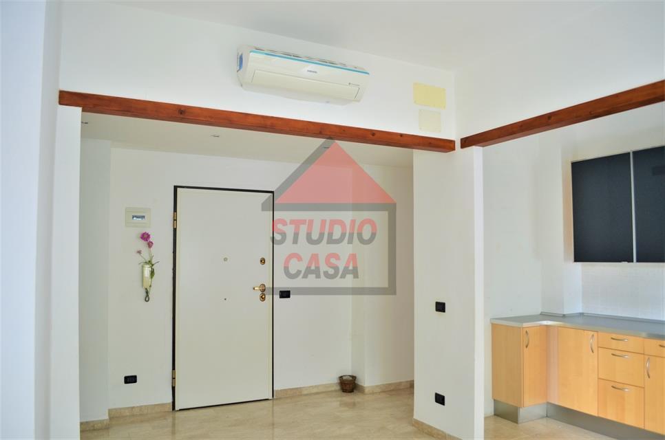 Appartamento in vendita a Rapallo, 3 locali, prezzo € 159.000   CambioCasa.it
