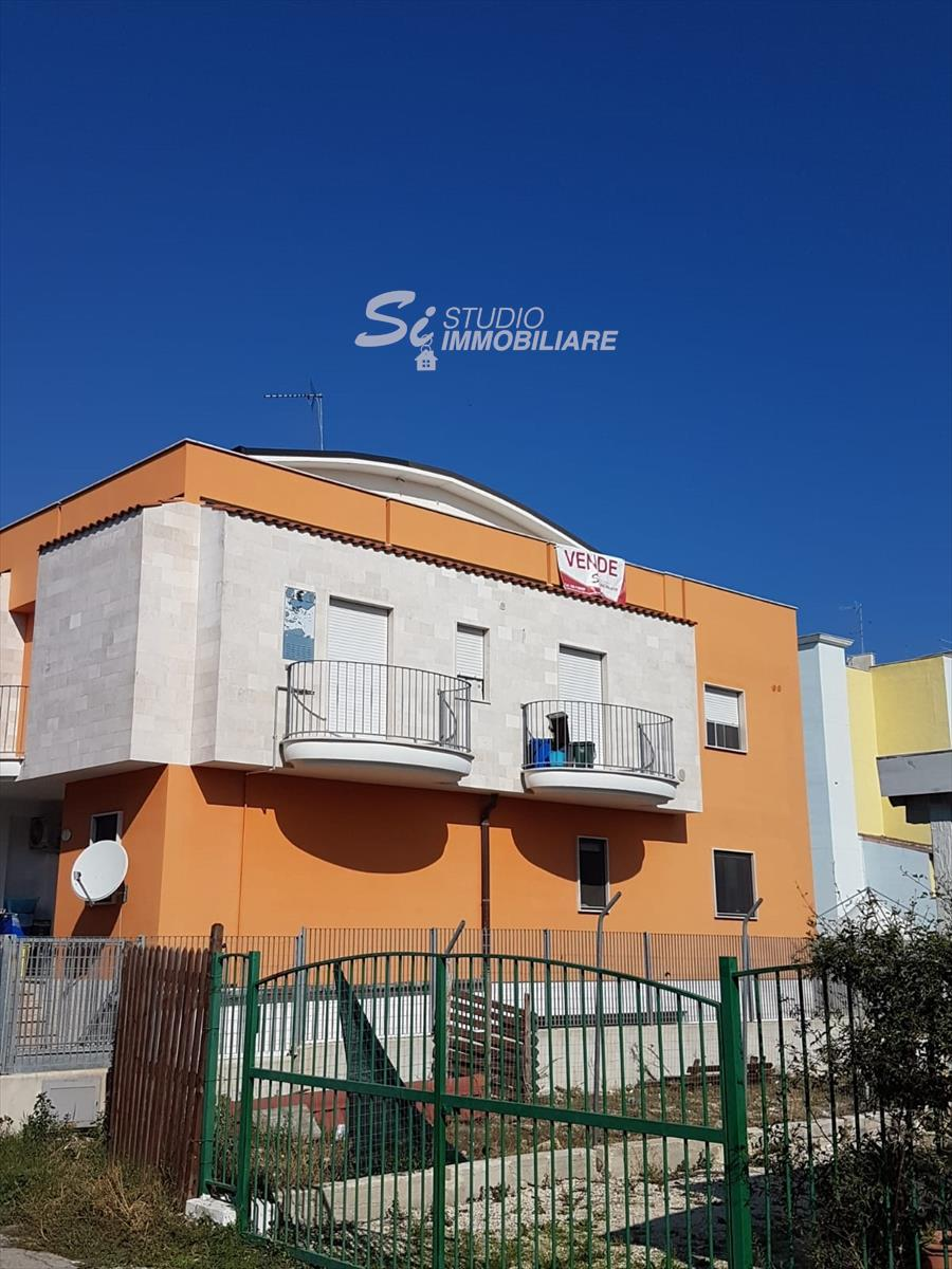 Appartamento in vendita a Zapponeta, 9999 locali, prezzo € 70.000   CambioCasa.it