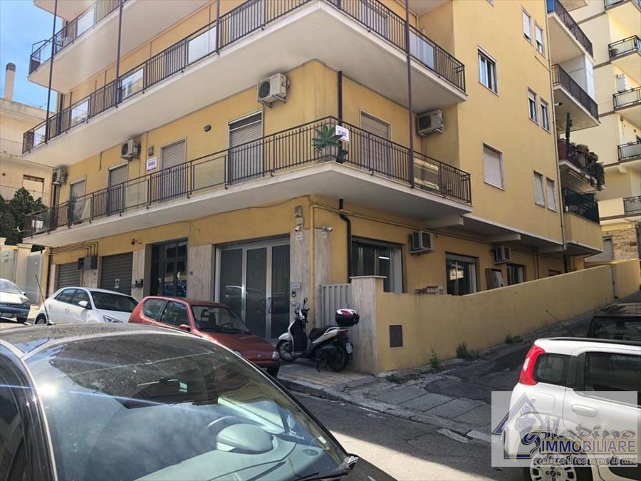 Appartamento in vendita a Reggio Calabria, 5 locali, prezzo € 240.000 | CambioCasa.it