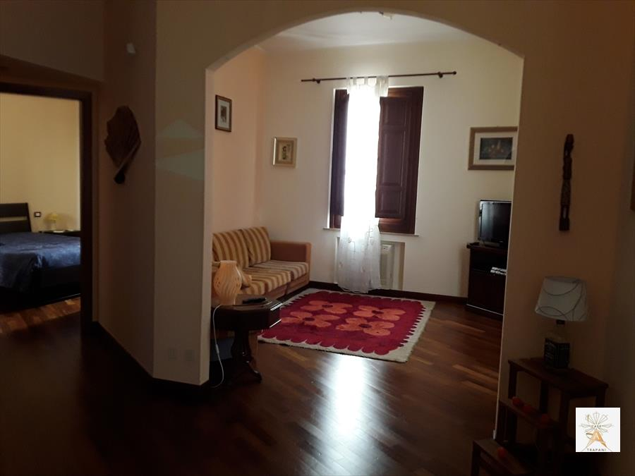 Appartamento in vendita a Trapani, 3 locali, prezzo € 139.000 | Cambio Casa.it