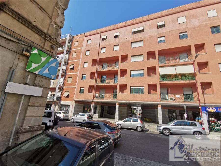Appartamento in vendita a Reggio Calabria, 4 locali, prezzo € 118.000 | CambioCasa.it