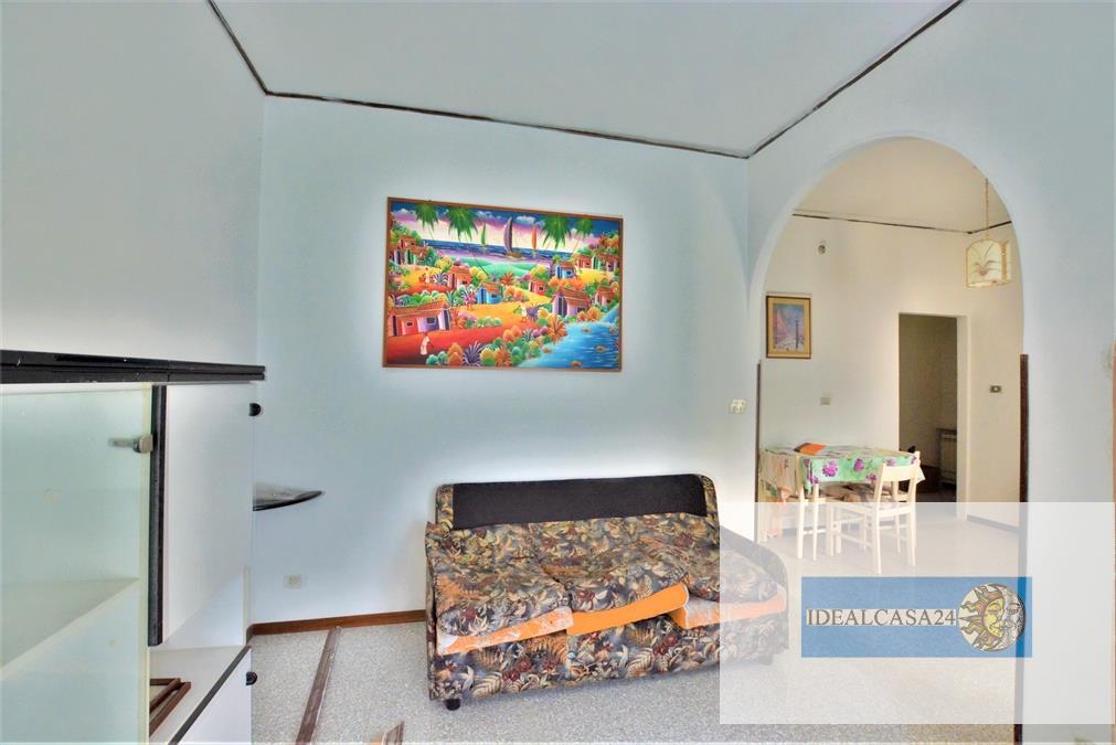 Appartamento in vendita a Macerata, 4 locali, prezzo € 101.000 | CambioCasa.it