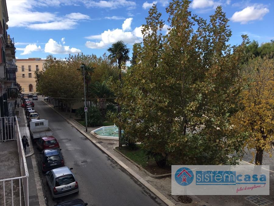 Appartamento in vendita a Corato, 4 locali, prezzo € 220.000 | CambioCasa.it
