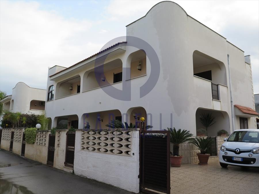 Foto - Villa In Vendita  Bisceglie