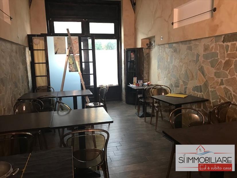 Attività / Licenza in affitto a Pescara, 2 locali, prezzo € 1.000 | CambioCasa.it