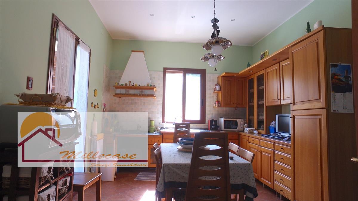 Villa o villino Siracusa 776