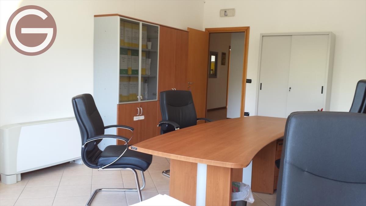 Ufficio in Affitto Taurianova