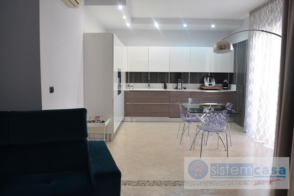 Appartamento in vendita a Corato, 4 locali, Trattative riservate | CambioCasa.it
