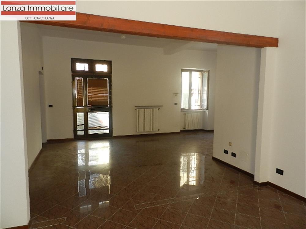 Ufficio / Studio in affitto a Ovada, 3 locali, prezzo € 450 | CambioCasa.it