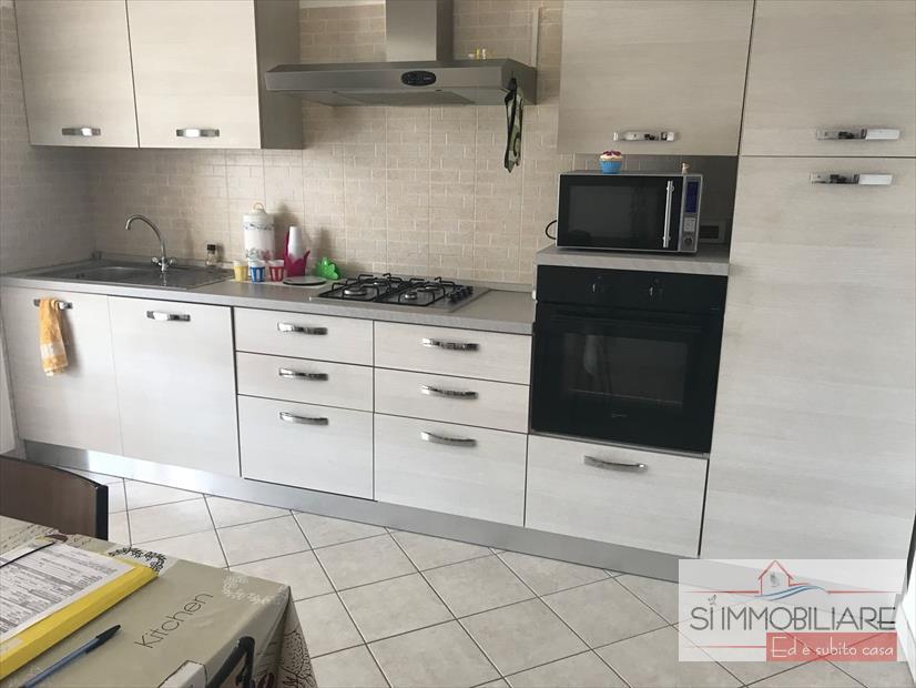 affitto appartamento pescara   850 euro  5 locali  120 mq
