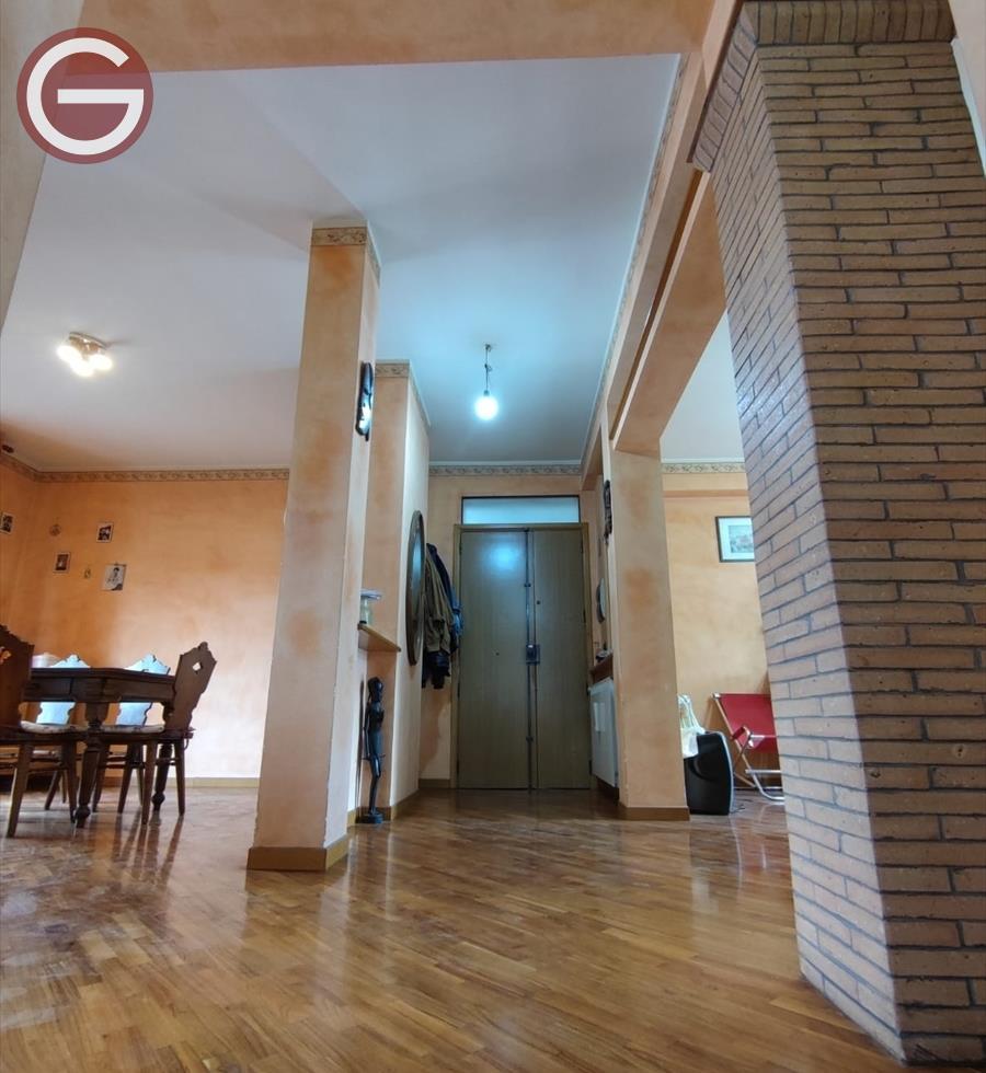 Appartamento in vendita a Cittanova, 10 locali, Trattative riservate   CambioCasa.it