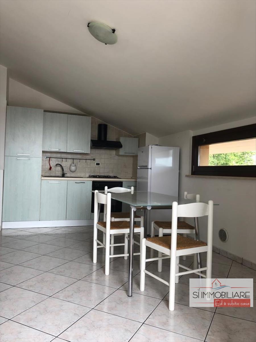 Appartamento in affitto a Montesilvano, 3 locali, prezzo € 500 | CambioCasa.it