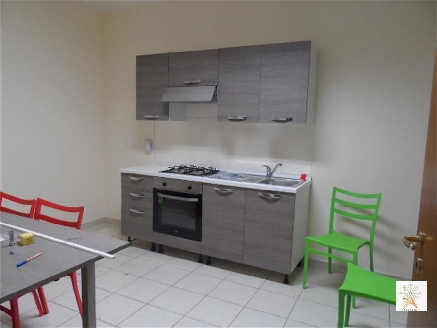 Appartamento in affitto a Valderice, 3 locali, prezzo € 300   Cambio Casa.it