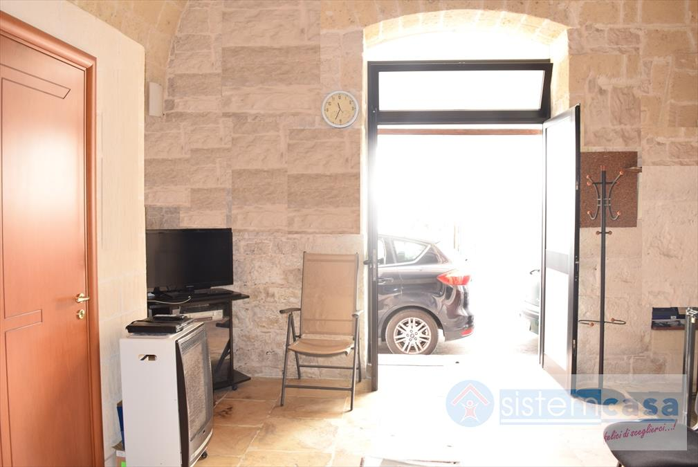 Locale residenziale Via A. Moro Corato