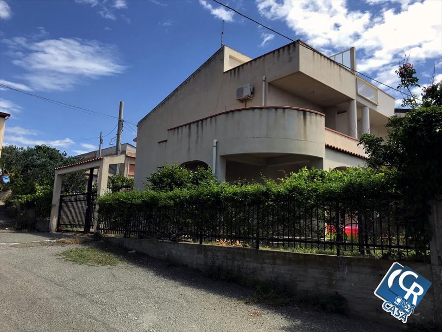 Villa bifamiliare in Vendita Motta San Giovanni