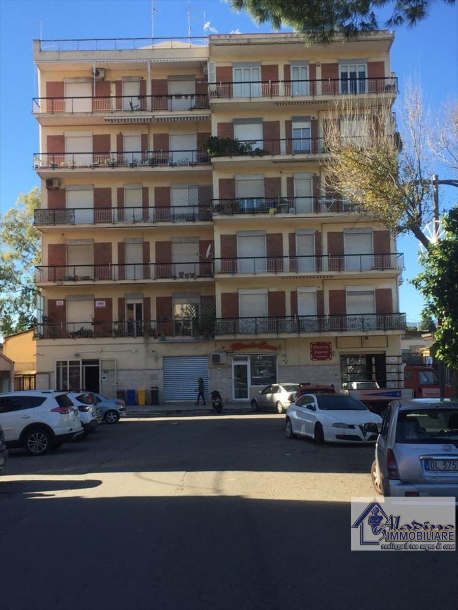 Appartamento in vendita a Reggio Calabria, 4 locali, prezzo € 99.000 | CambioCasa.it