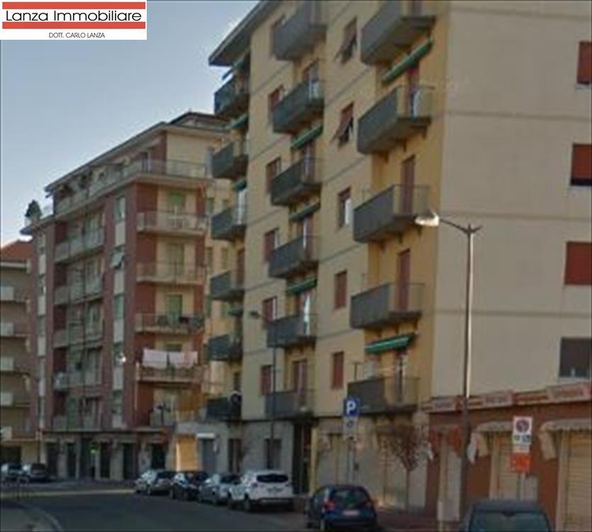 Appartamento in vendita a Ovada, 4 locali, prezzo € 85.000 | CambioCasa.it