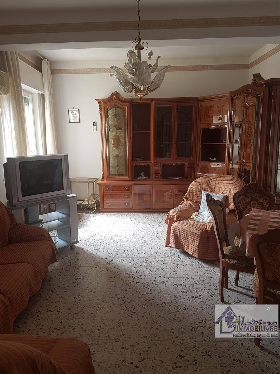 Vendesi a Reggio Calabria Appartamento