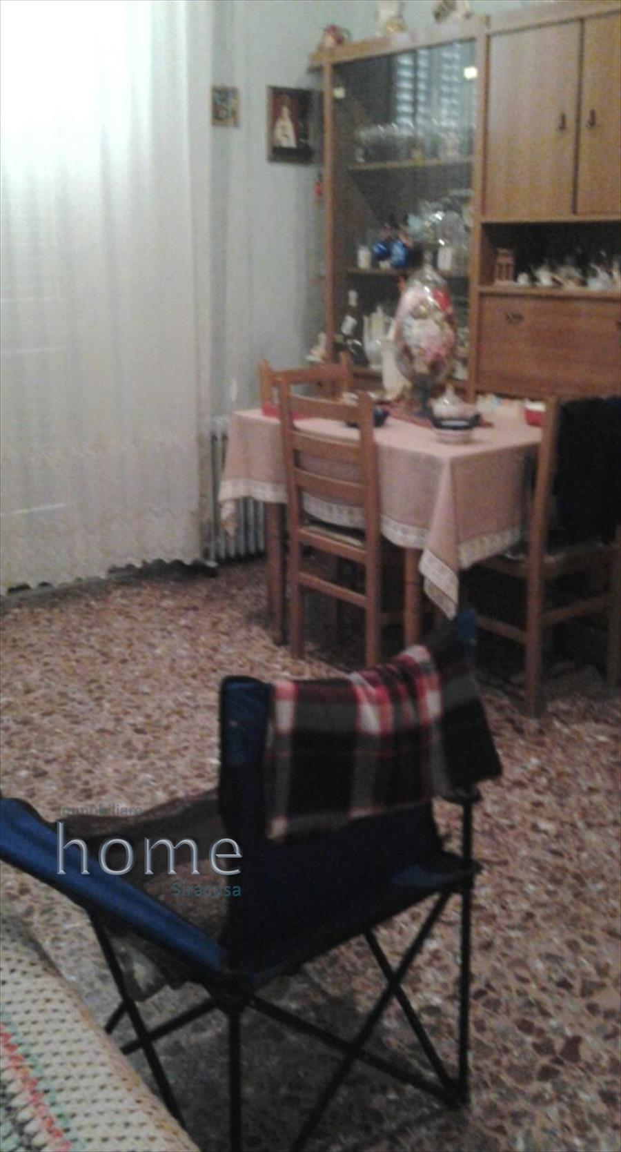 Soluzione Indipendente in vendita a Avola, 5 locali, prezzo € 100.000 | CambioCasa.it