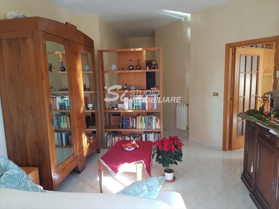 Appartamento in vendita a Ruvo di Puglia, 3 locali, prezzo € 150.000 | CambioCasa.it