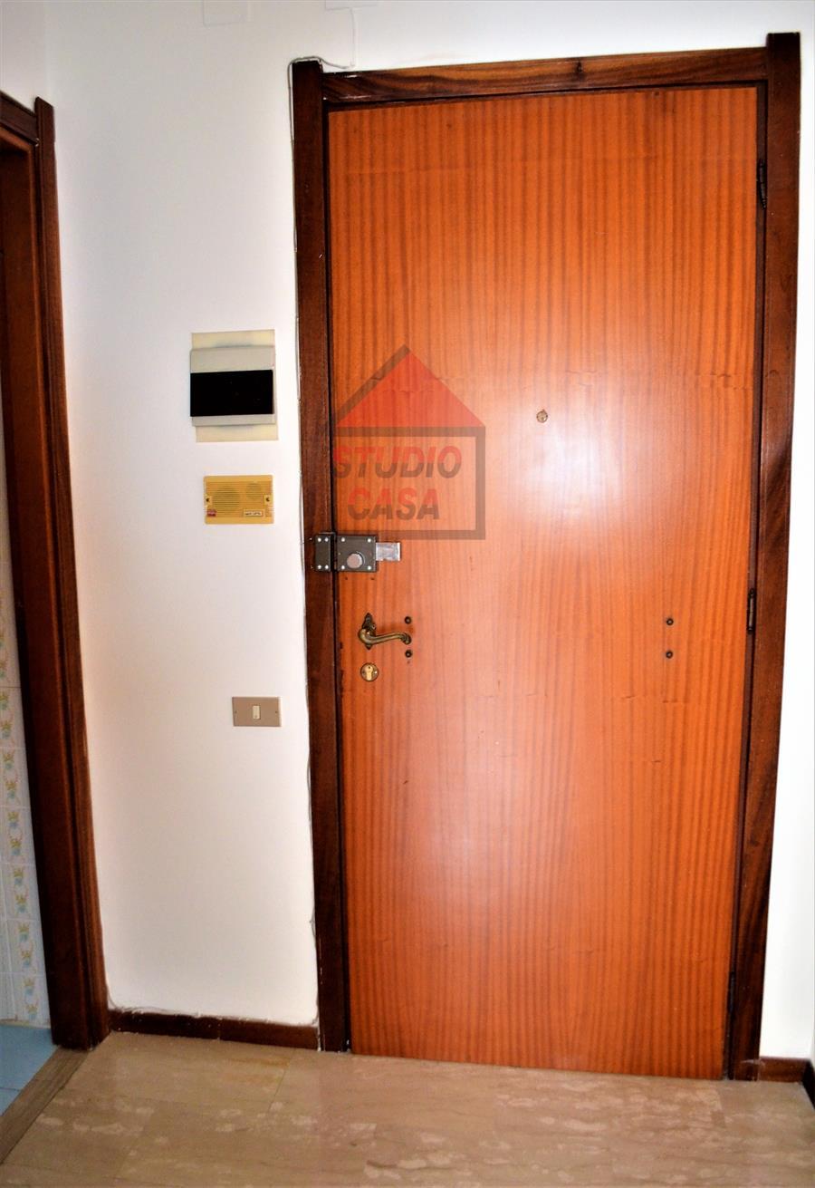 Appartamento in affitto a Rapallo, 1 locali, prezzo € 380 | PortaleAgenzieImmobiliari.it