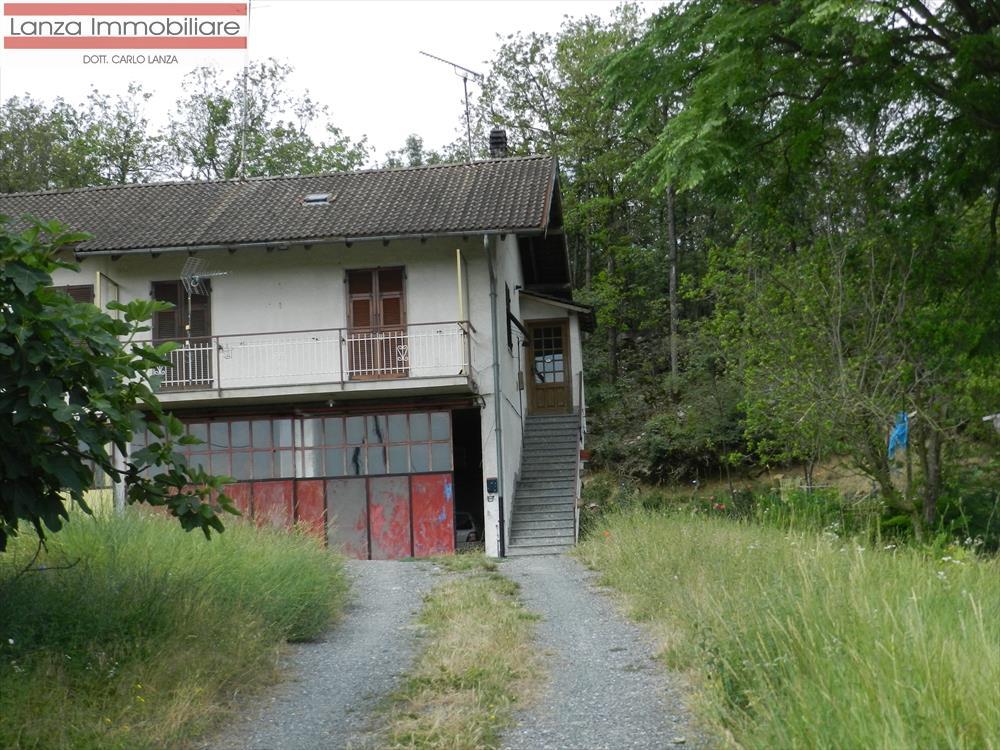Rustico / Casale in vendita a Lerma, 10 locali, prezzo € 78.000 | CambioCasa.it