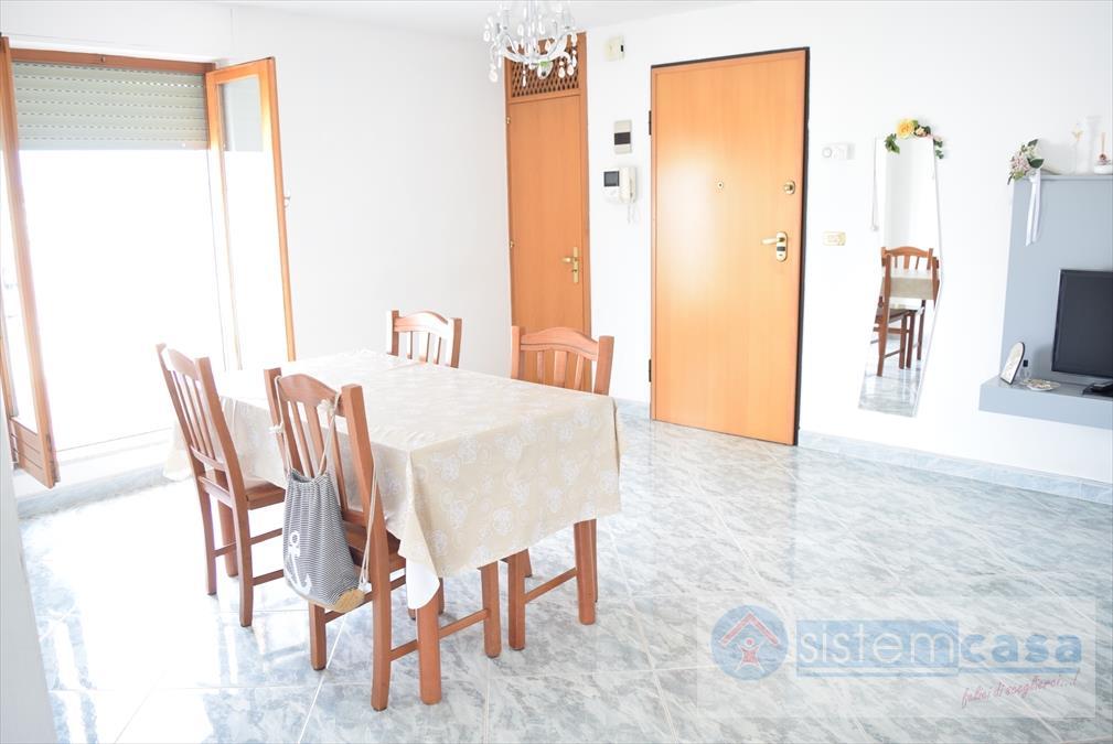 vendita appartamento corato   158000 euro  3 locali  80 mq
