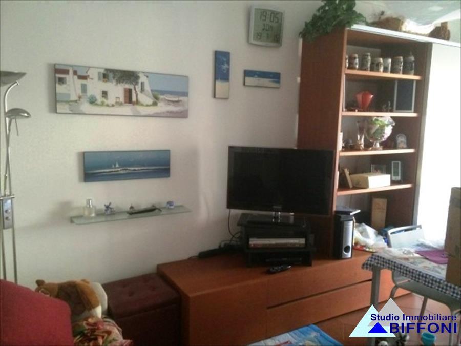 Appartamento in vendita a Cogorno, 3 locali, prezzo € 155.000 | CambioCasa.it