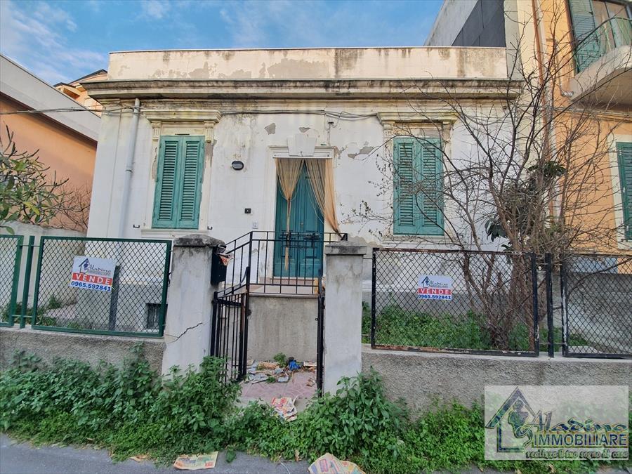 Soluzione Indipendente in vendita a Reggio Calabria, 2 locali, prezzo € 60.000 | CambioCasa.it