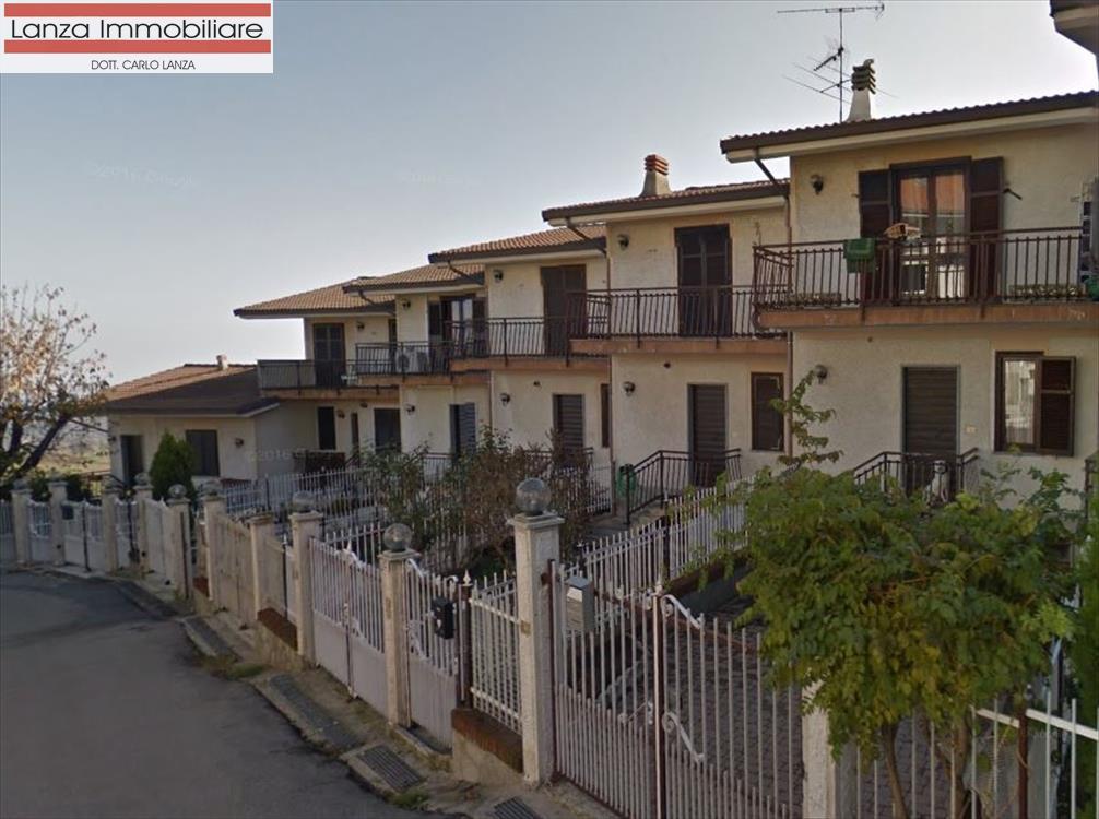 Villa a Schiera in vendita a Cremolino, 5 locali, prezzo € 115.000 | CambioCasa.it