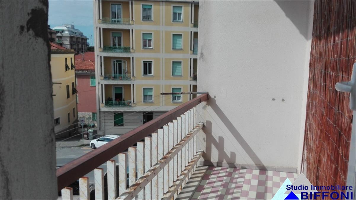 Appartamento in affitto a Lavagna, 2 locali, prezzo € 420 | Cambio Casa.it
