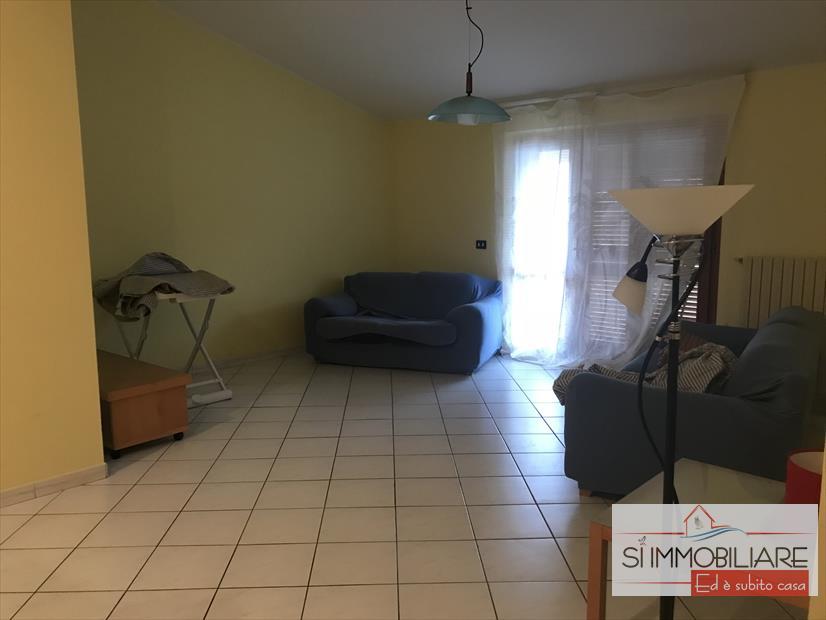 Attico / Mansarda in affitto a Torrevecchia Teatina, 3 locali, prezzo € 440 | CambioCasa.it