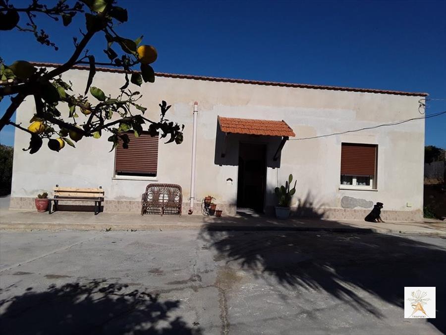 Soluzione Indipendente in vendita a Erice, 5 locali, prezzo € 180.000 | CambioCasa.it